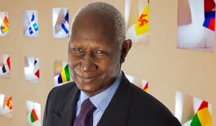 Abdou Diouf, parrain de la remise des diplômes UPVD